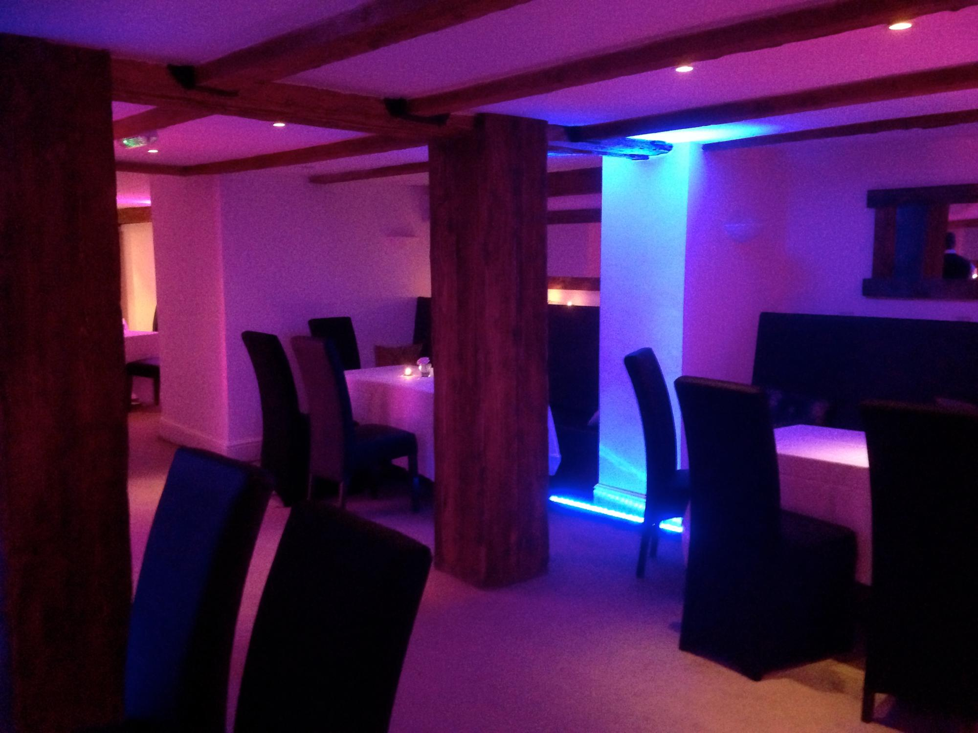 Exceptionnel £795 Package Includes; 2 Hour Photobooth, 5 Hour Disco And 6 Uplights And  Is Subject To Availability   Certain Dates May Be More Expensive. Prices  Based On ...